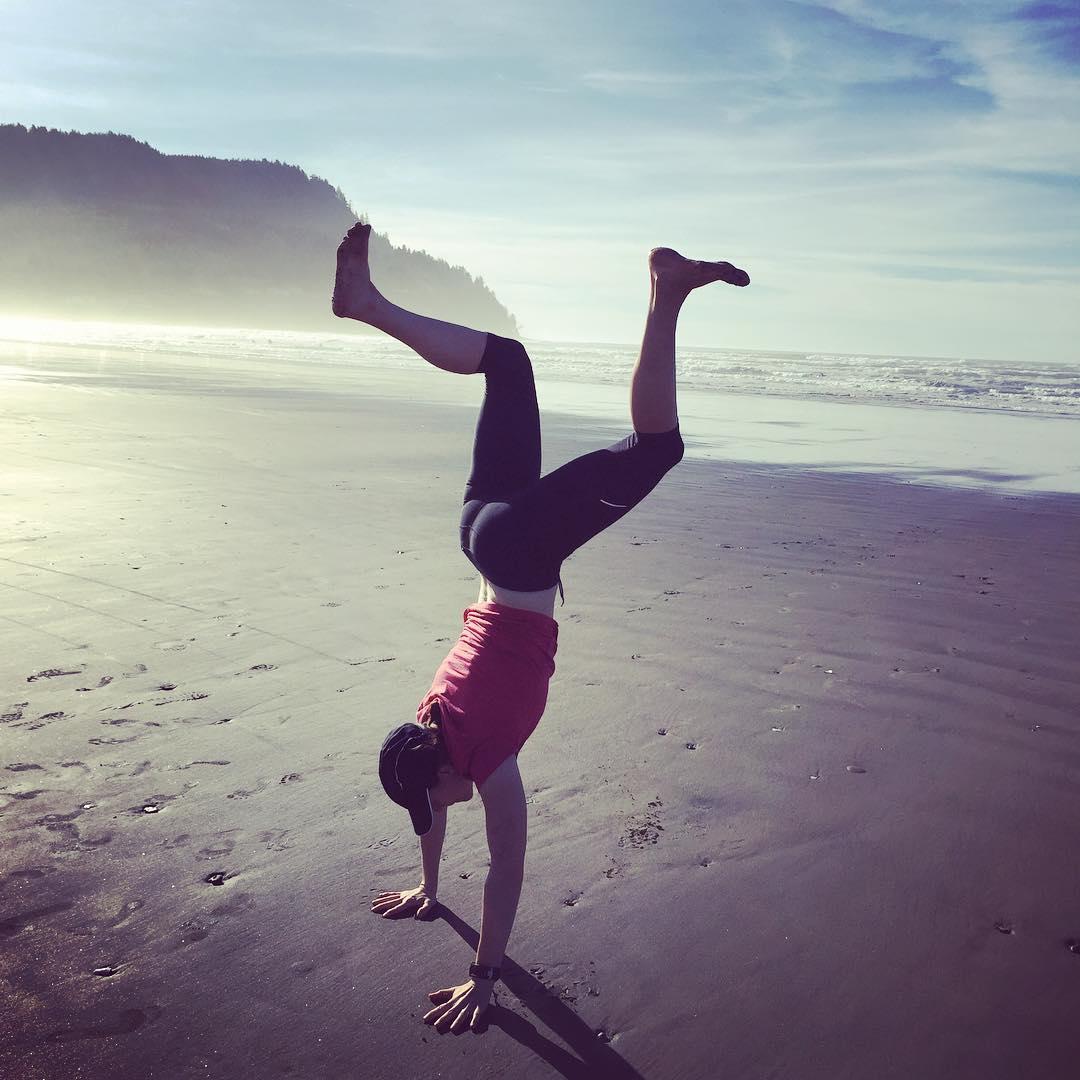 coastal_handstands